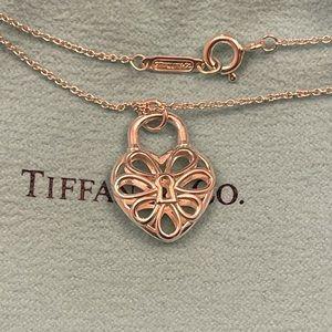 Brand New Authentic Tiffany & Co. Filigree Heart Pendant Necklace